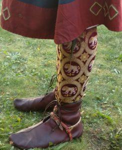 Beinlinge aus byzantinischer Seide